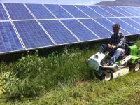 Παράδoση θαμνοκοπτικών τρακτέρ Etesia σε φωτοβολταϊκά πάρκα